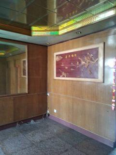 (市中心)春秋阁3室1厅90m²简单装修