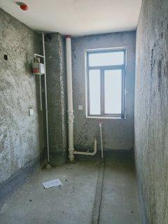 (城北)滕商奥体花园3室2厅1卫139m²毛坯房