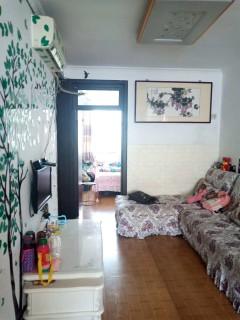 (市中心)春秋阁3室1厅1卫72m²简单装修