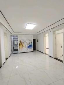 安乐组团1楼4室1厅1卫109平精装修91.6万可贷款