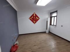 (市中心)春秋阁3室1厅1卫76m²豪华装修有钥匙随时看房