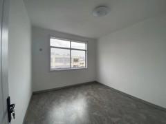 (城西)贵和花园3室1厅1卫90m²简单装修