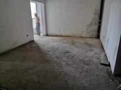 (市中心)鑫佳玫瑰园4室2厅2卫207m²毛坯房