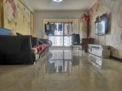 城东墨香圣府两室 小区绿化好 精装修 户型好 送储可以贷款