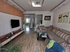 滨江三期简装5+6复式,证满五唯一可贷款,两室一厅朝阳南北通