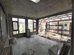 (市中心)香舍水郡5室4厅4卫240m²毛坯房