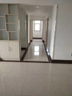 (城南)大同天下3室2厅1卫137m²豪华装修