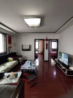 金馨花园,多层3楼,精装修,送车库,3室2厅,支持贷款