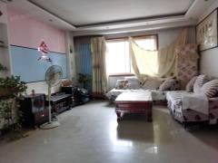 东方明珠3室2厅1卫133m²送储藏室三室朝阳证满五年可贷款