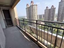 城北 龙泉首府楼王 毛坯房二室可贷款首付加过户37万左右