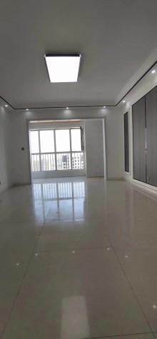 (城东)涵翠苑3室2厅1卫135m²豪华装修