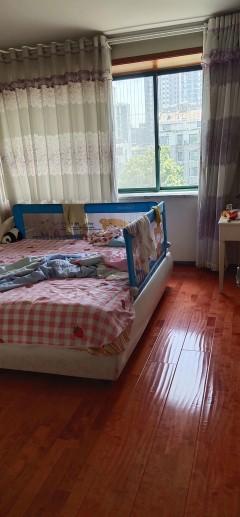 (市中心)平等小区2室1厅1卫60m²简单装修