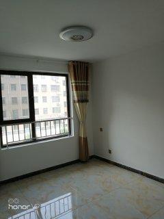 (市中心)城建金河湾3室2厅2卫147m²简单装修