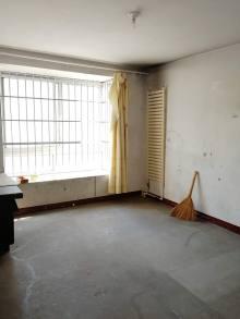 (市中心)四季花园4室2厅2卫144m²毛坯房