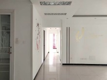 (市中心)中央城A区3室2厅1卫128m²豪华装修