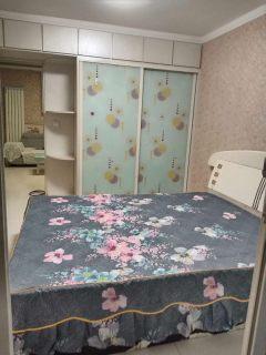 (城西)香格里拉花园2室1厅1卫90m²简单装修