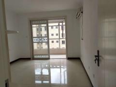 (市中心)中央城A区3室2厅1卫126m²简单装修