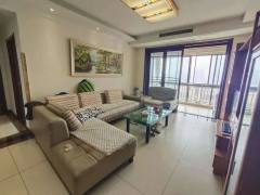 滨江国际花苑3室2厅2卫127平,客厅卧室朝阳,中央空调可贷