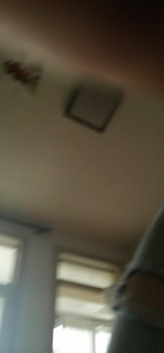 (市中心)春秋阁3室1厅1卫73m²简单装修