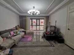 龙泉首府:双阳台南北通透,三室两厅精装修,中间楼层看房方便