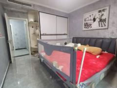 龙泉首府 全屋精装修 有证可贷款 三室二厅二卫
