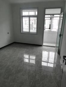 (市中心)府前北区四楼3室1厅61m²简单装修