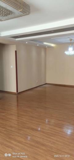 (市中心)问天科技广场3室2厅2卫140m²