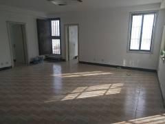 (市中心)新兴步行街2室2厅1卫97m²简单装修