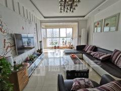 阳光国际两室两厅一卫,105平方112万,简单装修临人和蓝湾