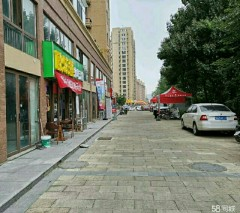 龙泉湾龙泉实验学校龙泉湾小区80平商铺出租