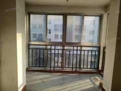 尚贤居多层黄金楼层三室低价出售可贷款   有钥匙看房方便