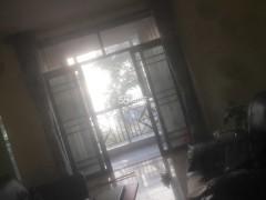 (城东)樱花苑4室2厅2卫