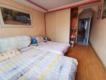 嘉德城市花园三室两厅,127平113万,南北通透,两室朝阳