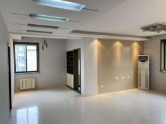 滨江国际花苑3室2厅2卫137m²三室朝阳证满2送车库储藏室