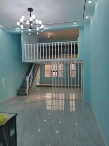 中央城1室1厅1卫    精装一室 loft