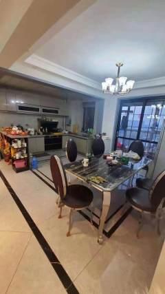 三盛星尚城4室2厅2卫豪华装修房