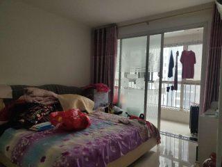 急售中央城精装三室全明户型 中间楼层价可议 证满二随时看房