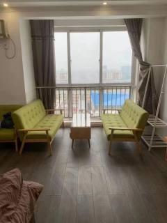 金领国际1室1厅1卫42m²豪华装修   拎包即住