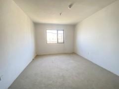 急售融城国际2室2厅1卫96m²毛坯房送车位可以分期有钥匙