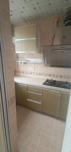 (市中心)爱家豪庭2室2厅1卫80m²简单装修