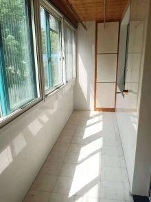 (城东)滨江二期,多层一楼,送车库储藏室3室2厅2卫