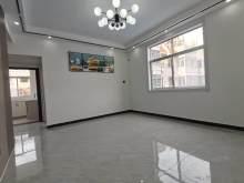 安乐组团老实小學区 全新精装修三室 证满二可贷款送地上储藏室