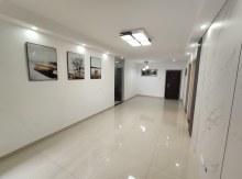 (市中心)威尼斯一区,三室一厅,精装修