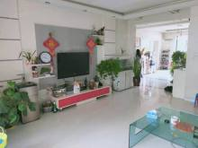 通盛上海花园 162平 四室小高层 有车位和储 可贷款