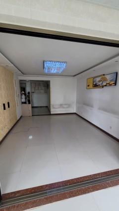 (城东)远航水晶城19楼沿河观景两室一厅朝阳连廊阳台包过户可贷款